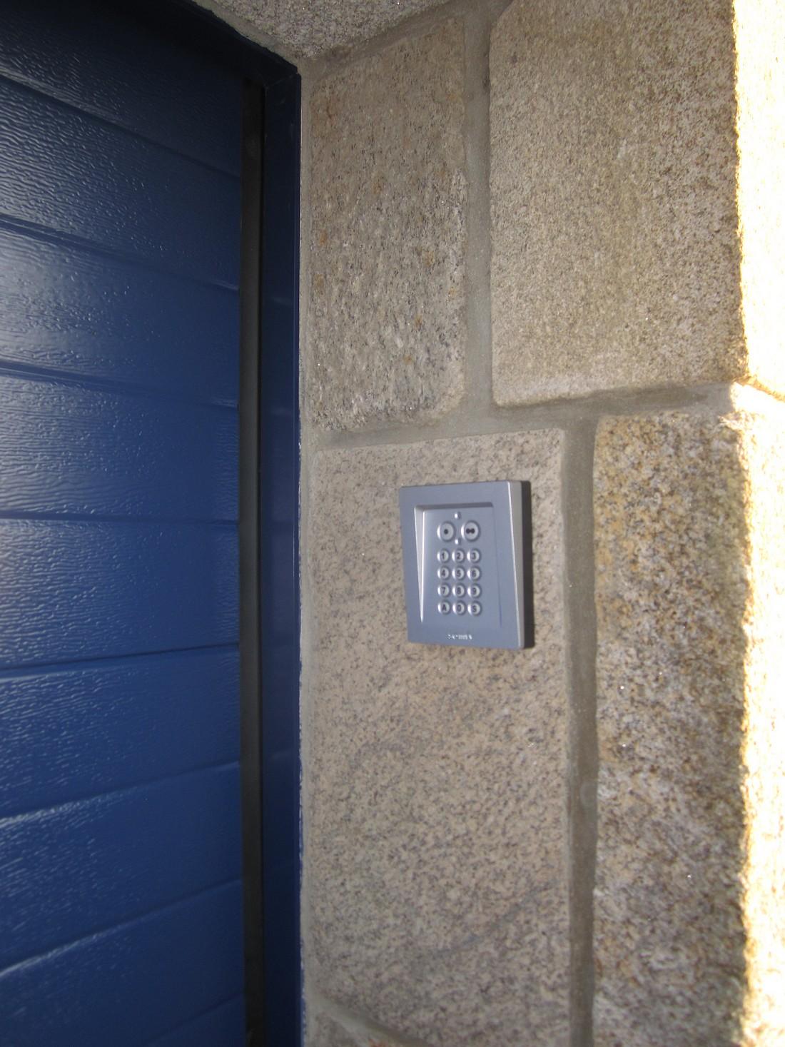 Digicode pour portail finest cliquez sur limage pour lagrandir with digicode pour portail - Digicode pour porte de garage ...