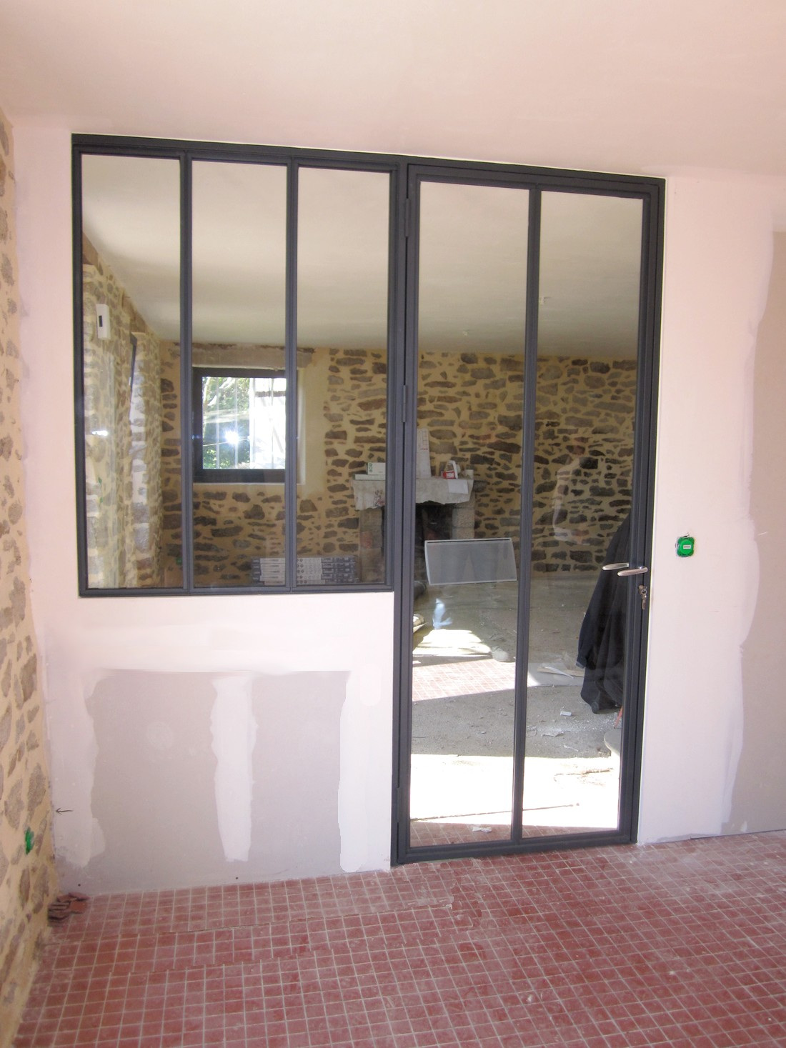 Portes d 39 int rieures boreal ouvertures vannes 56 for Porte interieur alu vitree